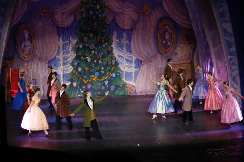 dsc01596 DAS RUSSISCHE NATIONALBALLETT THE CROWN OF RUSSIAN Ballett Nussknacker - Produktion