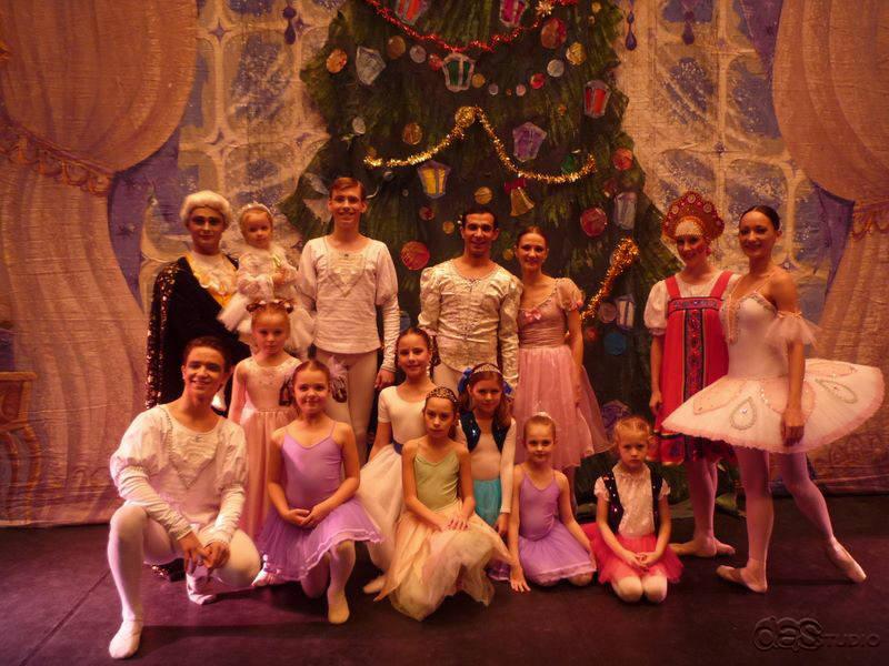 p1020826 DAS RUSSISCHE NATIONALBALLETT THE CROWN OF RUSSIAN Ballett Nussknacker - Produktion